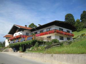 Haus Neuleitn - Accommodation - Thiersee