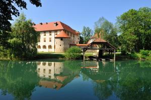 Grad Otočec (2 of 63)