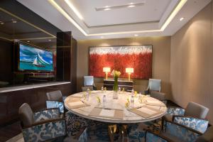 The One Executive Suites (14 of 16)