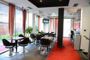 Mola Hotel, Hotels  Skopje - big - 32