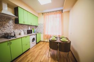 Apartments on Prospekt Kultury - Chernoluch'ye