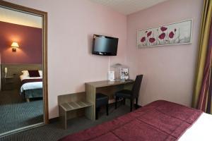 Brit Hotel Le Surcouf, Hotely  Saint-Malo - big - 34