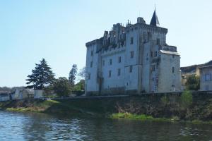 La Villa du Haut Layon, Bed and Breakfasts  Nueil-sur-Layon - big - 19