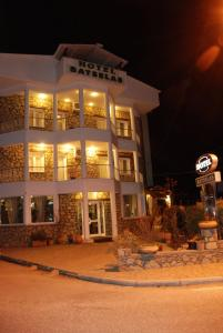 Hostales Baratos - Batselas Classic Hotel