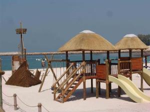 Radisson Blu Resort, Sharjah, Resort  Sharjah - big - 74