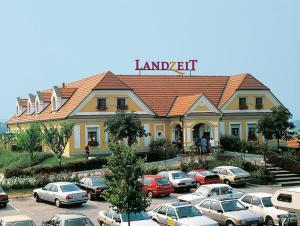 Landzeit Autobahnrestaurant & Motorhotel Loipersdorf - Rohrbach an der Lafnitz