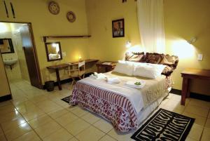 Timbavati Safari Lodge, Lodge  Mbabat - big - 11