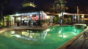 Hostels und Jugendherbergen - Colonial Village Cabins, Camping & Tours - Hervey Bay YHA