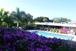 Ramada by Wyndham Naples, Hotely  Naples - big - 31