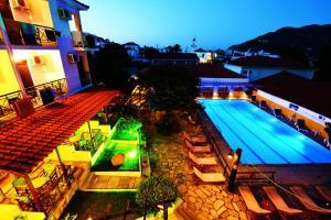 Hostales Baratos - Ionia Hotel
