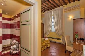 Dimora Dei Guelfi Luxury Rooms, B&B (nocľahy s raňajkami)  Lucca - big - 12