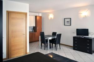 BB Hotels Aparthotel Navigli, Apartmánové hotely  Miláno - big - 85