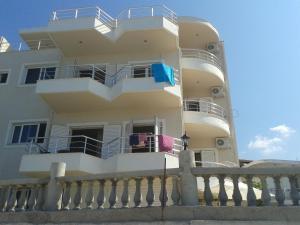 Magic Ionian Apartments & Rooms, Guest houses  Himare - big - 92