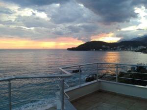 Magic Ionian Apartments & Rooms, Guest houses  Himare - big - 22