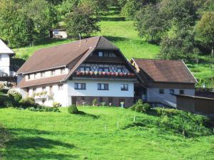 Ferienhof Brutoni - Bad Peterstal