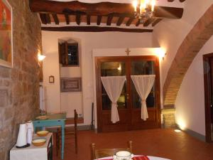 Il Nido di Turan B&B, Bed & Breakfast  Cortona - big - 31