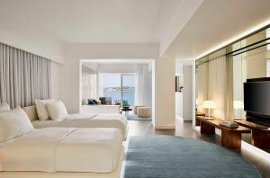 Ultra Suite with Sea View