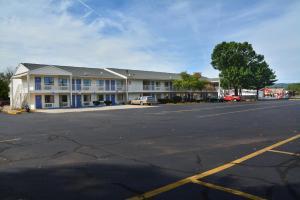 Motel 6 Hartford - Southington, Szállodák  Southington - big - 44
