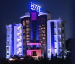 The Pearl Hotel, Отели  Калькутта - big - 1