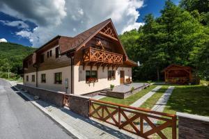 Penzion Hastrman, Guest houses  Banská Bystrica - big - 31