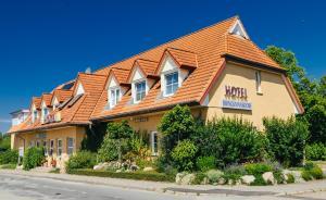 Hotel Brinckmansdorf - Broderstorf