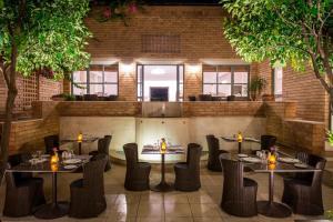 Bella Beach Hotel, Rezorty  Hersonissos - big - 32