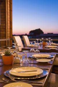 Bella Beach Hotel, Rezorty  Hersonissos - big - 36