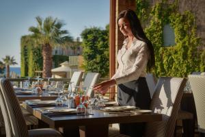 Bella Beach Hotel, Rezorty  Hersonissos - big - 34