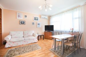 Busines Brusnika Apartment Zhulebino - Posëlok Imeni Kalinina