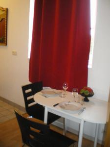Chez Lisette, Ferienwohnungen  Honfleur - big - 5