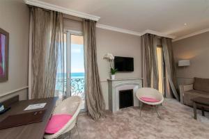 Hôtel Le Royal Promenade des Anglais, Hotel  Nice - big - 30