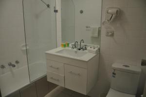 City Park Hotel, Отели  Мельбурн - big - 23