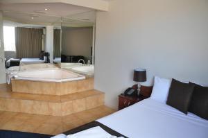 City Park Hotel, Отели  Мельбурн - big - 31