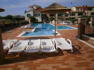 Residence Garbin, Ferienwohnungen  Caorle - big - 4