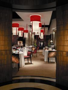 Shangri-La Hotel Qaryat Al Beri (30 of 46)