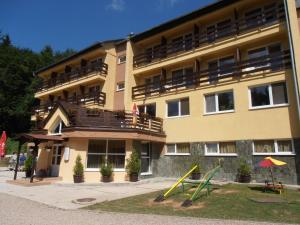 . Horský hotel Minciar