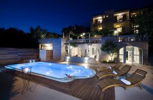 Villa Bougenvilia Tomas, Апартаменты  Тучепи - big - 1