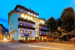 Hotel Sassella - AbcAlberghi.com