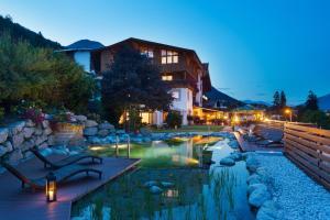 Sporthotel Cristall - Hotel - Fulpmes