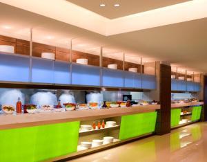 Traders Hotel, Qaryat Al Beri, Abu Dhabi (7 of 32)