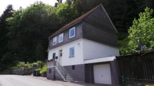 Holiday home De Jonge Specht - Altenfeld