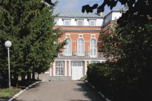 Voskresenskaya Hotel - Shuvalovo