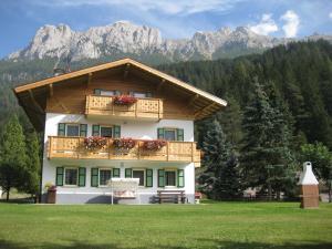 Appartamenti Ciasa Molin - AbcAlberghi.com