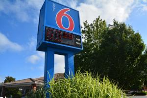 Motel 6 Newport Rhode Island, Hotels  Newport - big - 44
