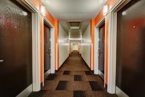 Motel 6 Newport Rhode Island, Hotels  Newport - big - 15