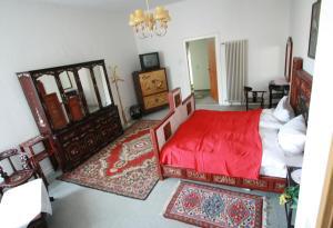 Hotel Schwarzaquelle - Igelshieb