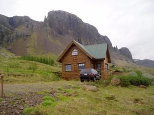 Vindheimar Holiday Home - Hvalfjörður