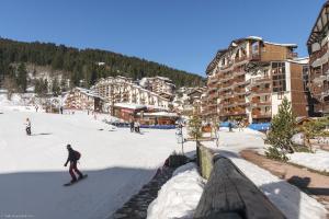 Résidence Pierre & Vacances Le Britania - Hotel - La Tania