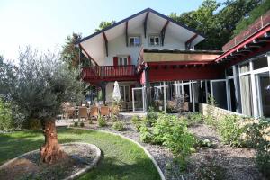 Chez Maman Hotel & Restaurant - Geneva