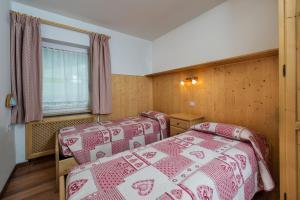 Majon Vajolet - Apartments Luisa, Apartmanok  Vigo di Fassa - big - 20